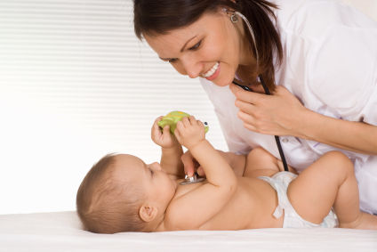 Prima vizita medicala la bebelusi