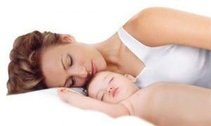 cum sa te odihnesti cat mai bine dupa venirea cu bebelusul acasa