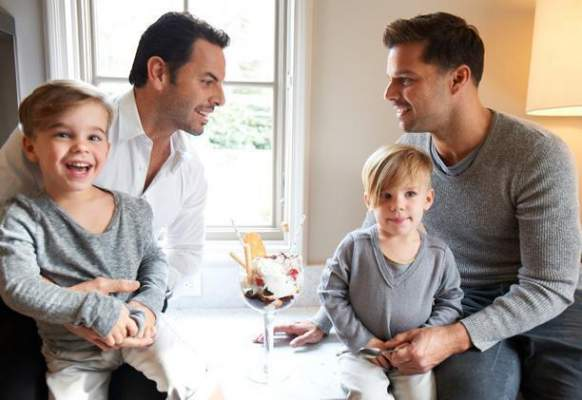 ricky martin alaturi de iubit si copii lor