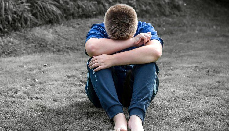 Depresia la copii – prevenire, diagnosticare, tratament si semne de avertizare