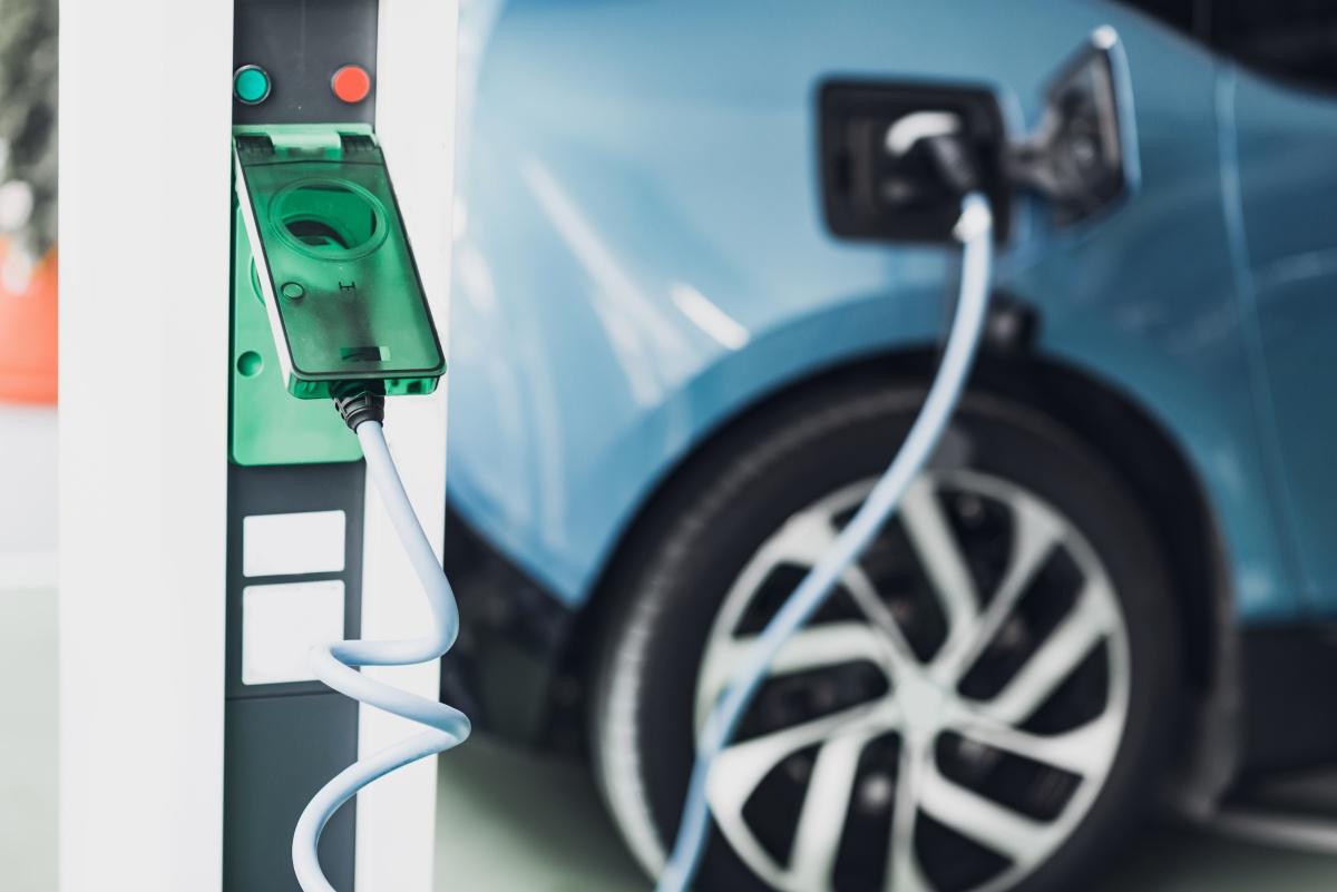 masina electrica economica